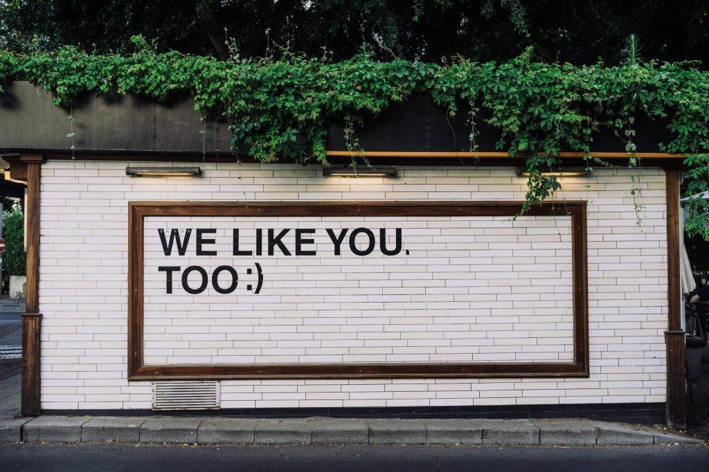 Social media for HNWI - building sign